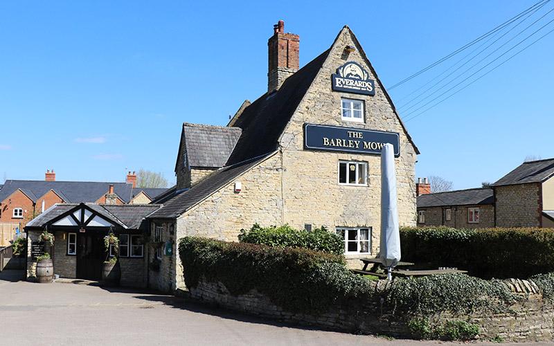 The Barley Mow pub at Cosgrove