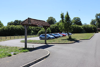 Parking at Henlow Millenium Meadow